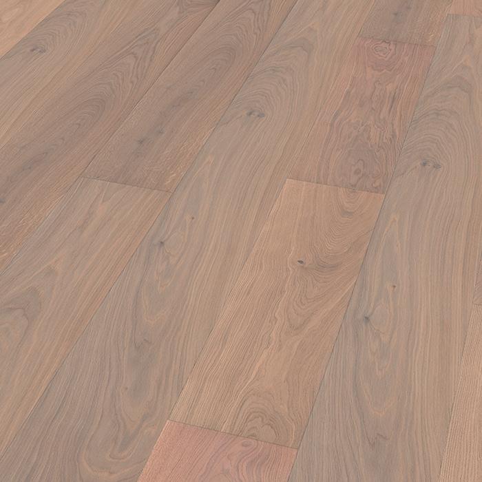 fitting hardwood flooring in kensington